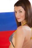 Frau im Bikini über russischer Markierungsfahne stockbilder