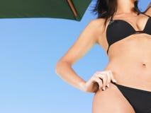 Frau im Bikini Stockfotografie