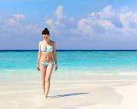 Frau im Bikini Lizenzfreies Stockfoto