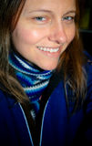 Frau im Blau Stockbild