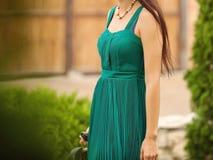 Frau im eleganten Kleid Lizenzfreie Stockbilder