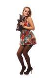 Frau im Farbenkleid Lizenzfreies Stockfoto