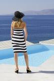 Frau im griechischen Landhaus Stockfoto
