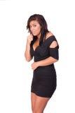 Frau im Kleid, das ängstlich schaut Stockfotografie