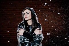 Frau im Regen Stockfotografie