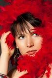 Frau im Rot stockfotos