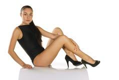 Frau im schwarzen Badeanzug Stockbilder