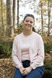Frau im Wald Lizenzfreies Stockfoto