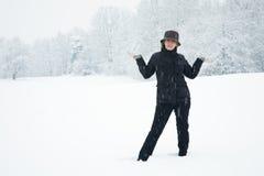 Frau im Winter Stockfoto