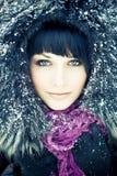 Frau im winterlichen Mantel Stockbilder