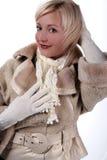 Frau im Winterpelz Lizenzfreie Stockfotos