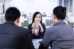 Frau in Job Interview Stockfotos