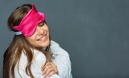 Frau mit blinfold für gesunden Schlaf Stockfotografie