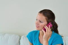 Frau mit celphone Stockfoto