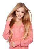Frau mit dem Haar, das leicht im Wind flattert Lizenzfreies Stockbild