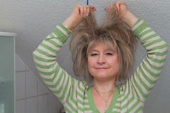 Frau mit dem wilden Haar Stockfoto
