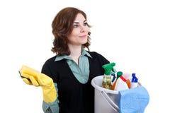 Frau mit der Wanne voll vom Reinigungspuder Lizenzfreies Stockfoto