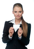 Frau mit einer Visitenkarte Stockfotografie