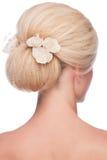 Frau mit eleganter Frisur stockbilder