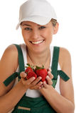 Frau mit Erdbeeren Lizenzfreie Stockbilder