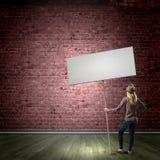 Frau mit Fahne Lizenzfreies Stockfoto