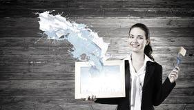 Frau mit Feld Lizenzfreies Stockfoto