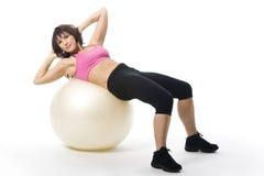 Frau mit fitball Lizenzfreie Stockfotografie