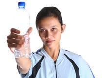 Frau mit Flaschen-Wasser II Lizenzfreies Stockfoto