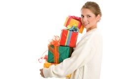 Frau mit Geschenken Lizenzfreie Stockfotos