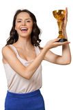 Frau mit goldener Sportschale Stockbilder