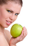Frau mit grünem Apple Lizenzfreies Stockbild