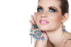 Frau mit Halskette Stockbilder