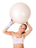 Frau mit Handgelenkklammer. Stockbild