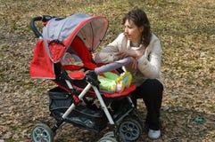 Frau mit Kind Stockfotografie
