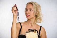 Frau mit Kornen Lizenzfreies Stockfoto