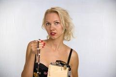 Frau mit Kornen Lizenzfreie Stockfotos