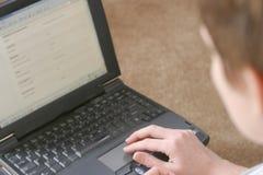 Frau mit Laptop Stockbilder