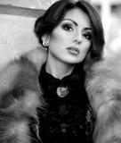 Frau mit Make-up und kostbaren Dekorationen Lizenzfreie Stockbilder