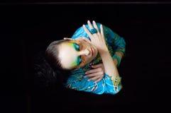 Frau mit Modefrisur und -make-up Lizenzfreies Stockbild