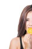 Frau mit Orangen Lizenzfreie Stockbilder
