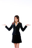 Frau mit Palmen oben Lizenzfreie Stockbilder