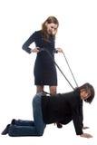 Frau mit Peitsche und Mann in der Jacke Lizenzfreie Stockbilder