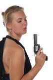 Frau mit Revolver Lizenzfreie Stockfotografie