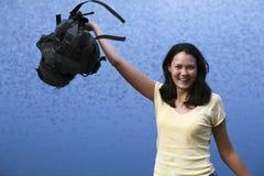 Frau mit Rucksack Stockfotografie