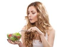 Frau mit Salat Lizenzfreie Stockfotografie