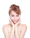 Frau mit Schönheitsgesicht und perfekter Haut Stockfotos