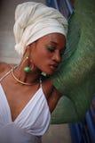 Frau mit Schal 3 Stockfoto