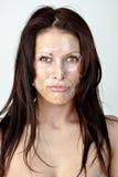 Frau mit Schalenhaut Stockfoto