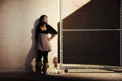 Frau mit Schatten Lizenzfreie Stockbilder