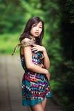 Frau mit Schlange Stockbilder